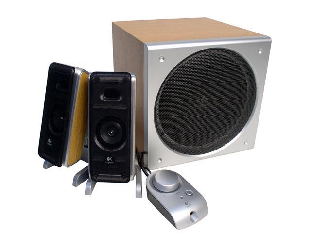 cfdfb1224dc Logitech Z-3 40 Watts 2.1 Wood Grained Speaker