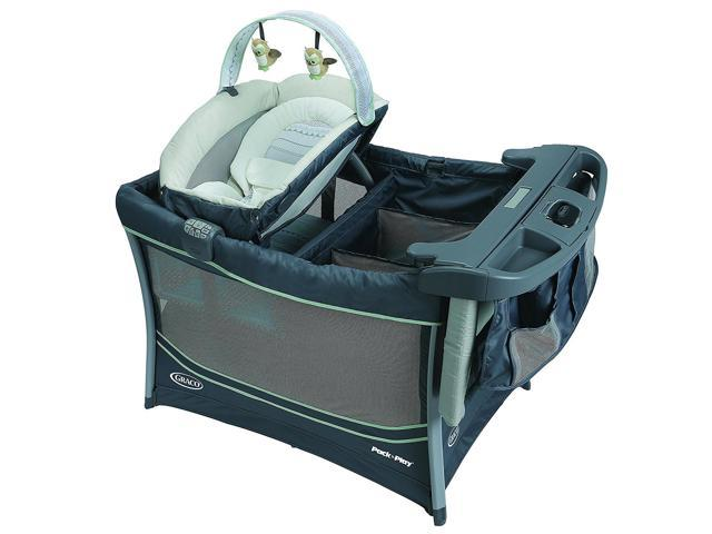 31ea7f17ba4 Graco Pack  n Play Playard Everest with Removable Bassinet   Changing  Station