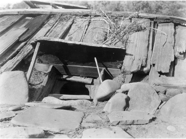 Groovy Yurok Sweat Lodge C1923 Na Sweat Lodge An Underground Building Surrounded By A Wall Of Rocks With A Wooden Roof Constructed By The Yurok Tribe Of Download Free Architecture Designs Embacsunscenecom