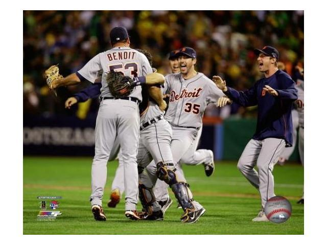 The Detroit Tigers Celebrate Winning Game 5 of the 2013 American League  Division Series Photo Print (8 x 10) - Newegg com