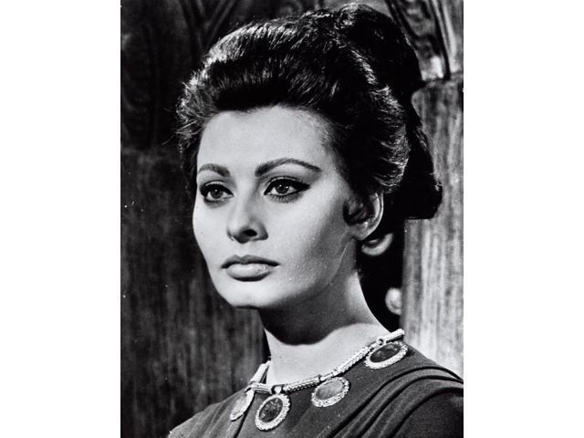 Sophia Loren As Lucilla Photo Print (8 X 10)