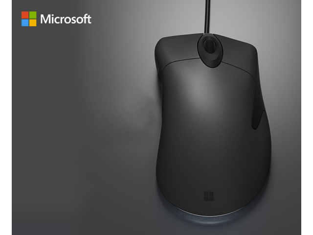 ed13cabb30c Microsoft Classic IntelliMouse Explorer IE 3.0 USB Gaming Mouse, 3200 DPI ,  3 Programmable Buttons