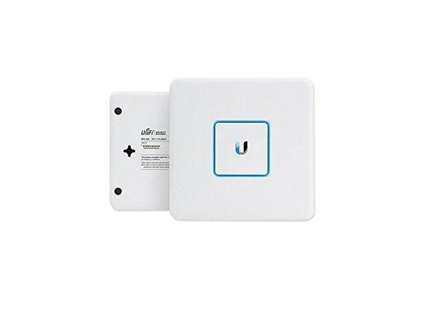 Refurbished: Ubiquiti Unifi Security Silver Plated Firewall Gateway 3GBPS  Line Rate USG - Newegg com