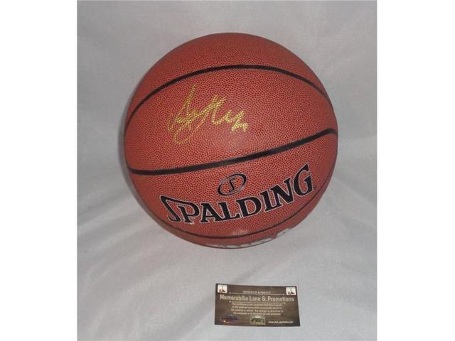 Memorabilia Lane ALHAB1 Al Horford Autographed Basketball - Newegg.com e1c1f80b4