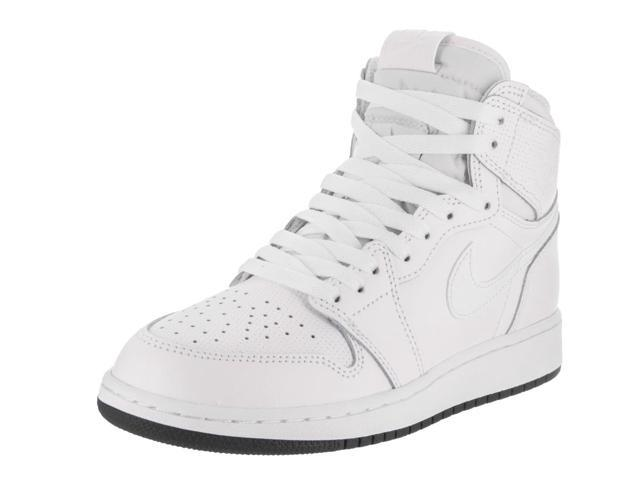 Nike Jordan Kids Air Jordan 1 Retro High OG Bg Basketball Shoe ... ce622f83d