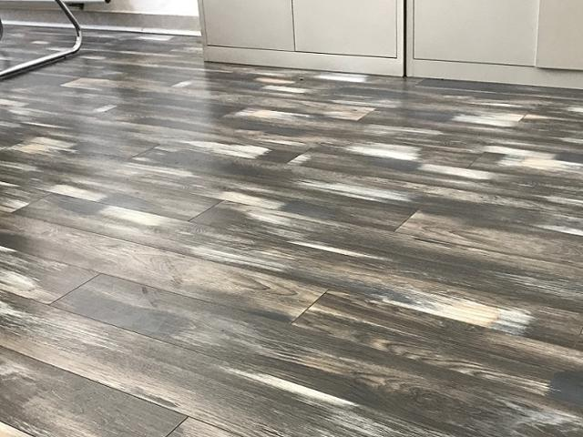 12mm Thick Ac3 Carb2 V Groove Laminate Flooring Coast Collection