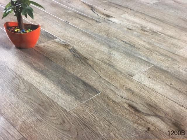 12mm Thick Ac3 Carb2 V Groove Laminate Flooring Country Collection