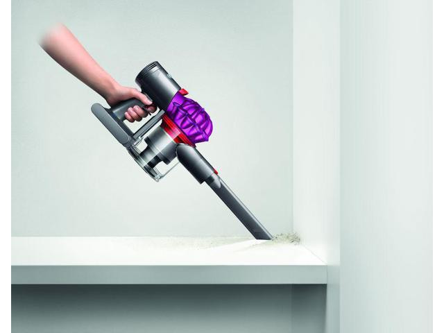 Dyson V7 Motorhead Cordless Vacuum | Fuchsia