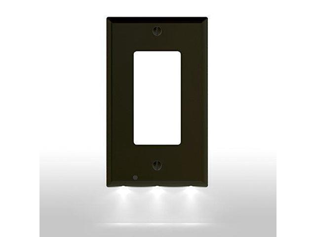 2 Pack Snappower Guidelight Outlet Wall Plate With Led Night Lights