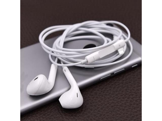 4542b31ba3f 1PCS Headset Earphone With Mic Volume Adjustable For iPhone 8 7 6 6s5 5S 4  4S