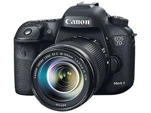Canon EOS 7D Mark II 9128B016 Black 20.2 MP Digital SLR Camera with 18-135mm Lens