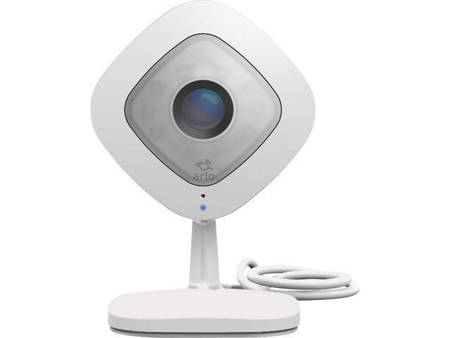 Arlo Q - 1080p HD Wi-Fi Security Camera with 2 Way Audio with Free Arlo Basic 7-Day Cloud Storage Recording - VMC3040-100NAS