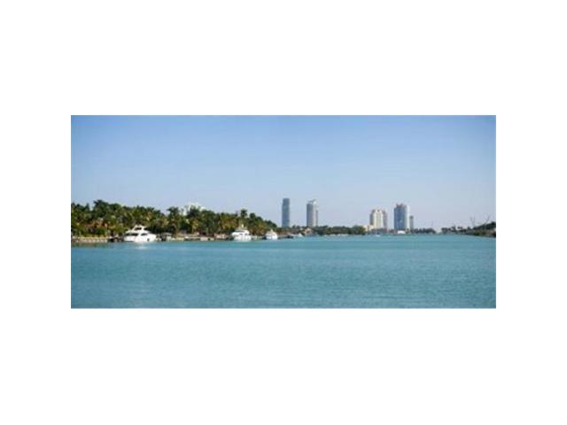 Panoramic Images PPI147113L Buildings at the waterfront Miami Florida USA Poster Print by Panoramic Images - 36 x 12 (Arts & Entertainment Artwork) photo