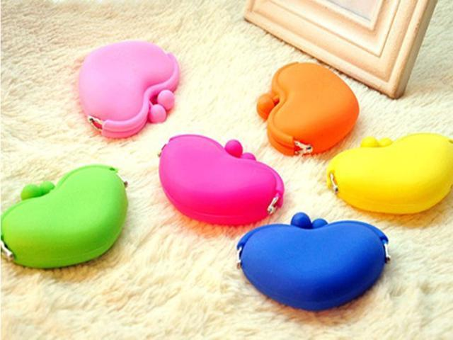 Heart Shape Lovely Jewelry Bag Purse Wallets Cosmetic Silicone Coin Bag Candy Colors for Women Girls photo