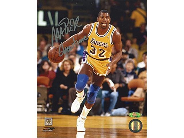 first rate f7c5b 73fe4 AJ SportsWorld JOHM41302B Magic Johnson Los Angeles Lakers Autographed  Showtime Basketball 8 x 10 Photo - Newegg.com