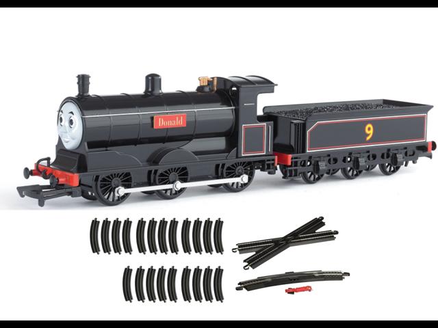 Bachmann Trains Thomas And Friends Donald Engine HO Scale Train + Figure 8  Track - Newegg com