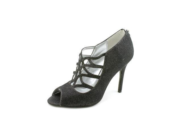 womens black pumps size 6