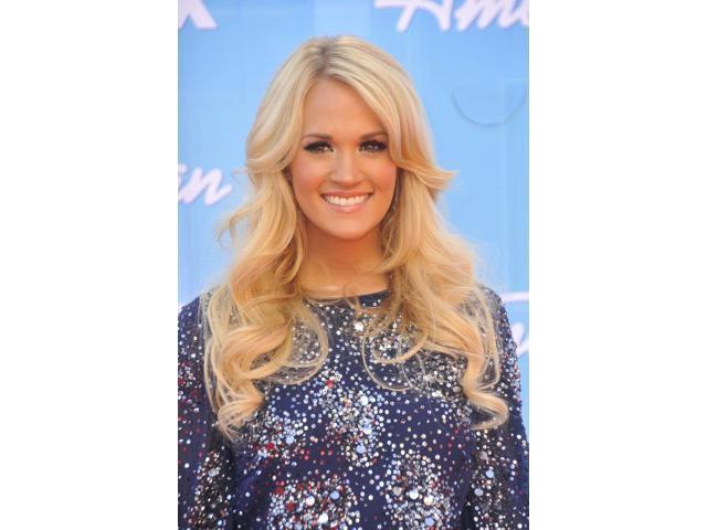 Carrie Underwood In Attendance For American Idol Season Finale Photo Print 10 X 8 Newegg Com