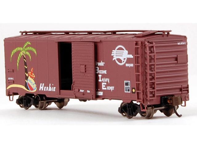 Bachmann Industries HO Scale Missouri Pacific Herbie 40 Box Car
