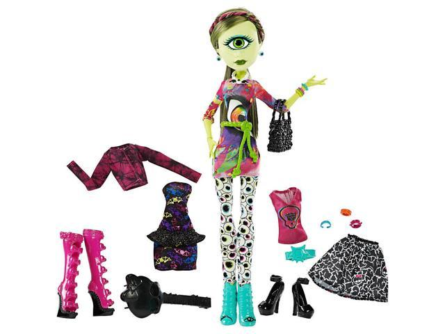 Monster High I Heart Fashion Iris Clops Doll Fashion Newegg Com