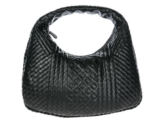 183529032ee2 BOTTEGA VENETA WOMEN S LEATHER SHOULDER BAG BLACK ...