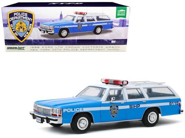 1988 Ford LTD Crown Victoria Wagon NYPD New York City Police Greenlight 1:18 Neu