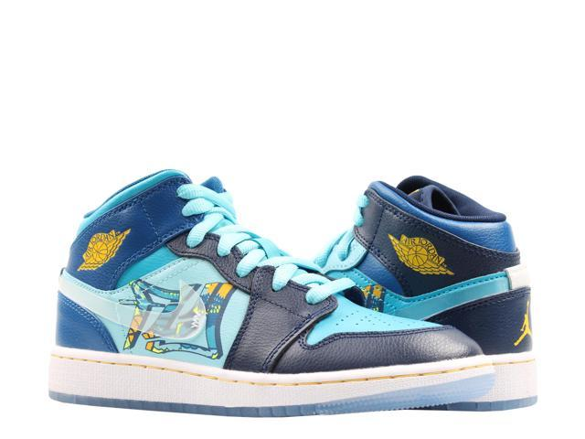 huge selection of f651d 654ba Nike Air Jordan 1 Mid (GS) Fly Big Kids Basketball Shoes BV7446-400 Size 6  - Newegg.com