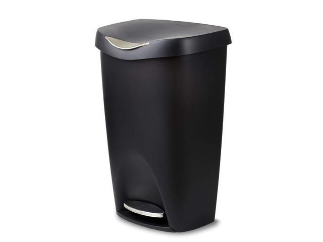 Umbra Brim 13 Gallon Trash Lid Large Kitchen Garbage Can With Stainless Steel Foot Pedal Stylish And Durable Black Newegg Com