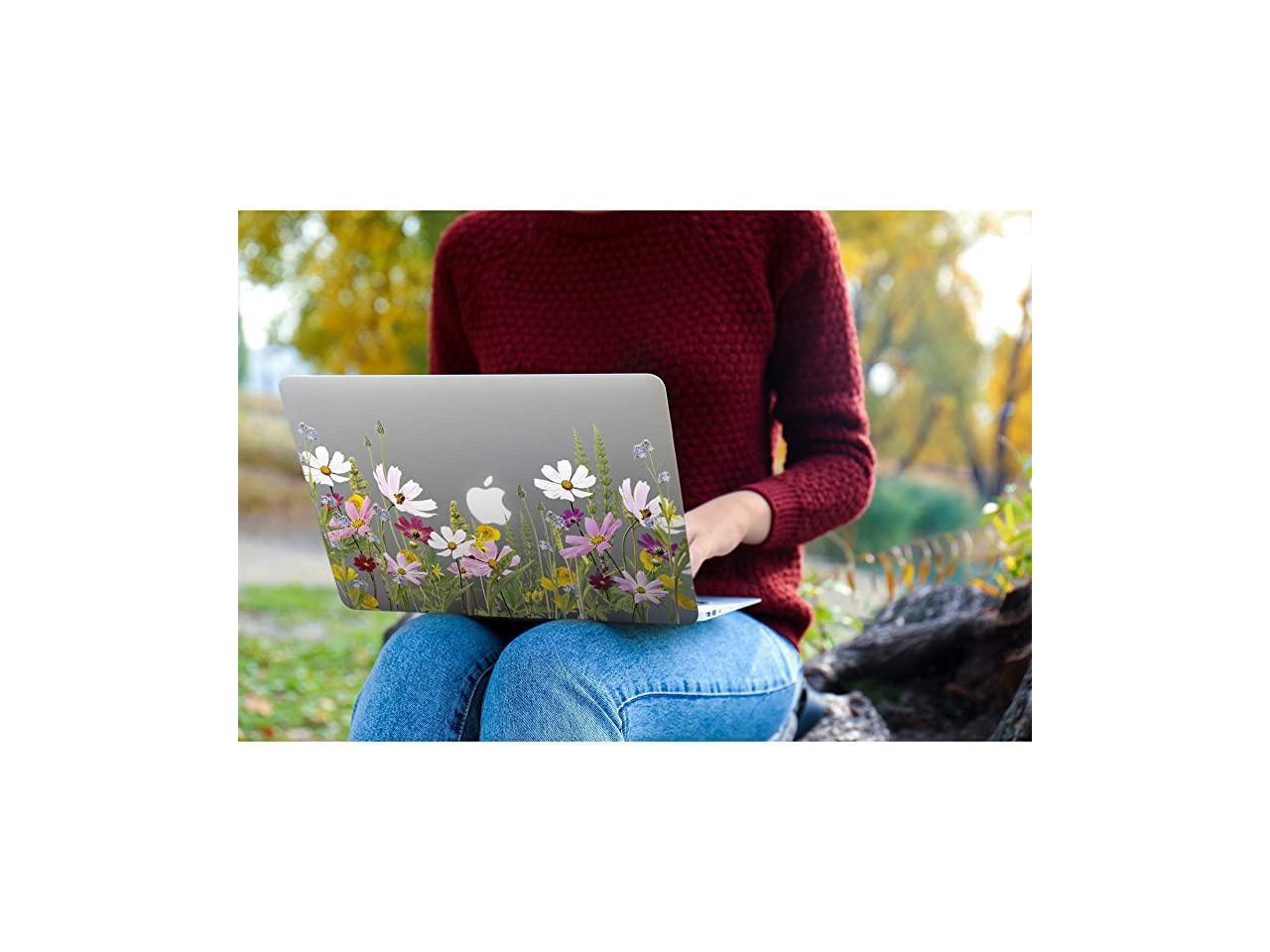 Engree MacBook Pro 15 Case 2019 2018 2017 2016 Release A1990//A1707 Dragonfly and Lotus Flower Pattern Hard Case Shell Cover for Apple MacBook Pro 15 with Touch Bar and Touch ID