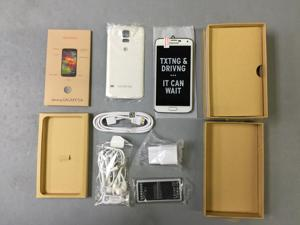 BRAND NEW - SAMSUNG GALAXY S5 - G900A - WHITE- AT&T UNLOCKED - 4G/LTE - UNLOCKED FOR ALL GSM CARRIERS WORLDWIDE