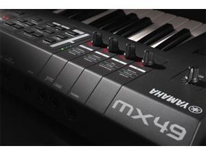 Yamaha MX49 49-Key Keyboard Production Station Synthesizer USB MIDI Controller
