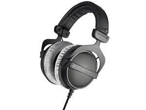 beyerdynamic dt 770 pro 32 ohm studio headphone