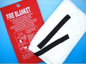 1mx1m Fire Blanket Fiber Glass Flame Retardant Welding Cover Protective Fabric Wall Mountable Fiberglass Fire Extinguishing Blanket Kitchen Caravans Insulation Home Work Car Extinguisher First Aid Kit