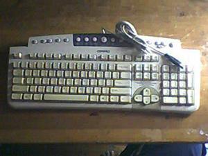 Compaq KU-9978 234677-007 239919-001 USB Keyboard