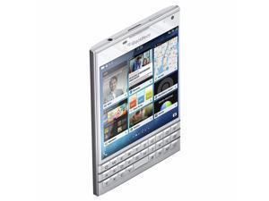 BlackBerry Passport SQW100-1 32GB QWERTZ Keypad (No CDMA, GSM only) Factory Unlocked 4G Smartphone