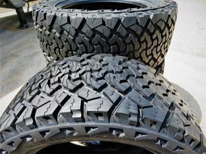 Kit of 4 (FOUR) 33X12.50R18 122R F (12 Ply) - Venom Power Terra Hunter X/T All-Terrain Tires