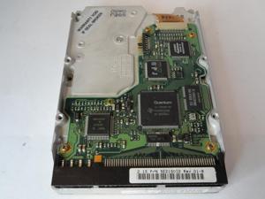 Quantum 2.1GB SCSI 50pin 5400rpm 3.5in HDD ( SE21S0xx   Quantum )