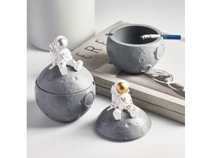 Resin Astronaut Ashtray with Cover Anti-flying Ash Modern Home Living Room Office Astronaut Ashtray Home Decoration Gift