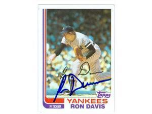 Autograph Warehouse 41486 Ron Davis Autographed Baseball Card New York Yankees 1982 Fleer No 32 Neweggcom
