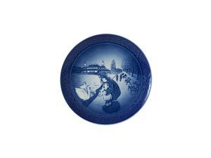 1021105 Christmas Plate 2017, by The Lake